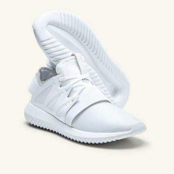 Sự thật về mua giày adidas nữ giá rẻ bạn đã biết? 1